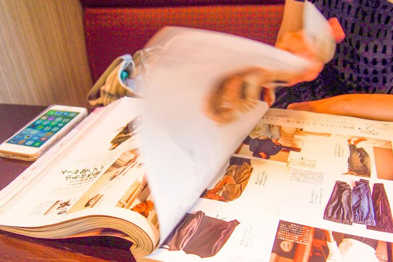 雑誌の純広告とタイアップ広告、どっちを使うか迷ったら